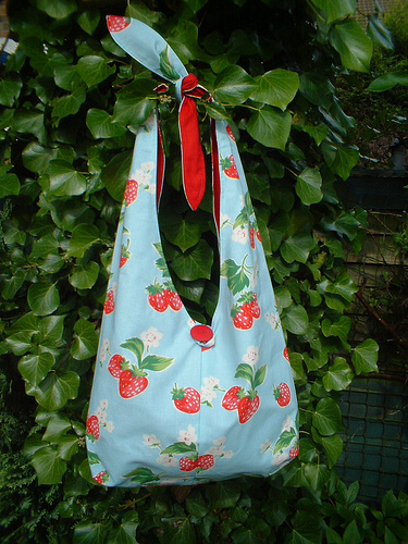 Tanya Whelan's Practical Bag by CalicoHeart in strawberries fabric